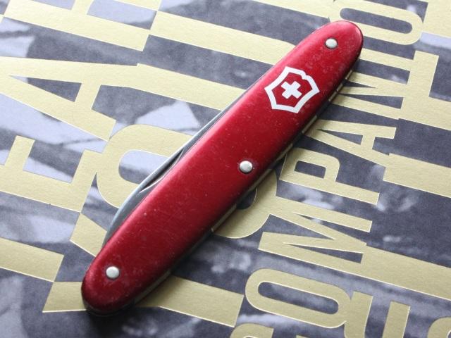 Victorinox 75mm red alox pen knife