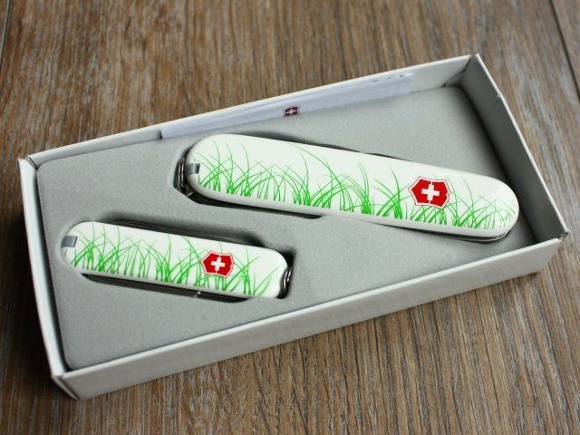 "Victorinox ""Nature Series"" Spartan and Classic set"